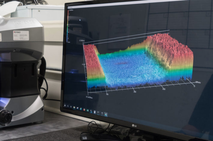 screen showing 3d surface topography of component